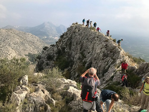 Some walks need a head for heights - Resingles Ridge of Mediodia